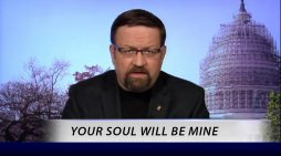 Local Man Who Thought He Saw Satan On TV Relieved To Find Out It Was Only Sebastian Gorka